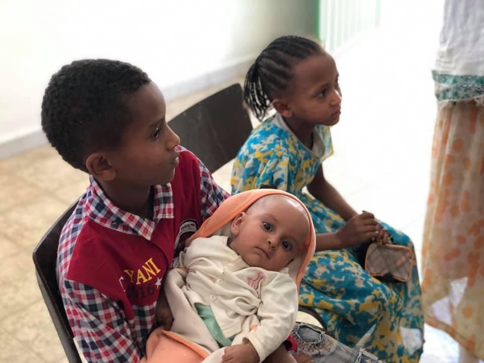 adozioni bimbi fratellini