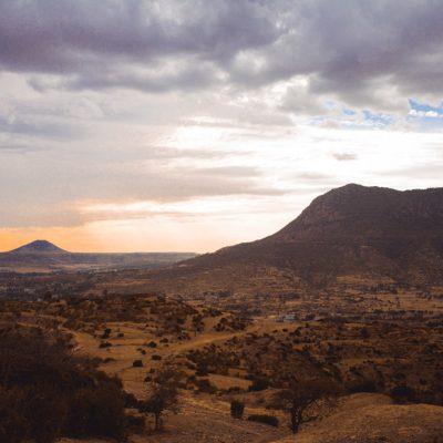 paesaggio delle montagne attorno ad Adwa